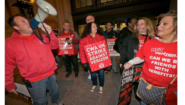 CWA on strike against verizon